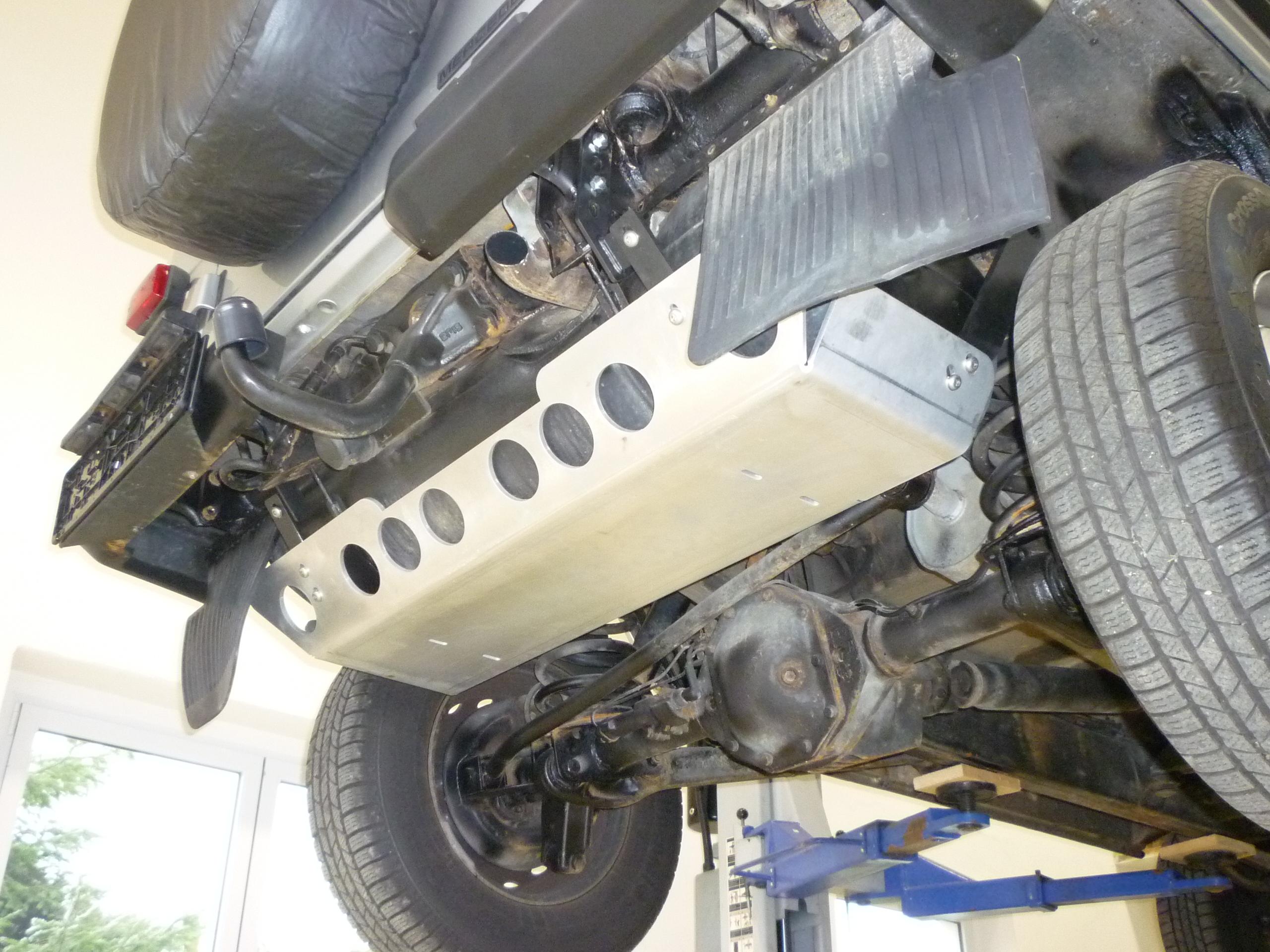 Tankschutz Mercedes G 460/461/463